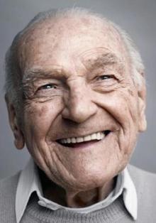 100 años por Karsten Thormaehlen